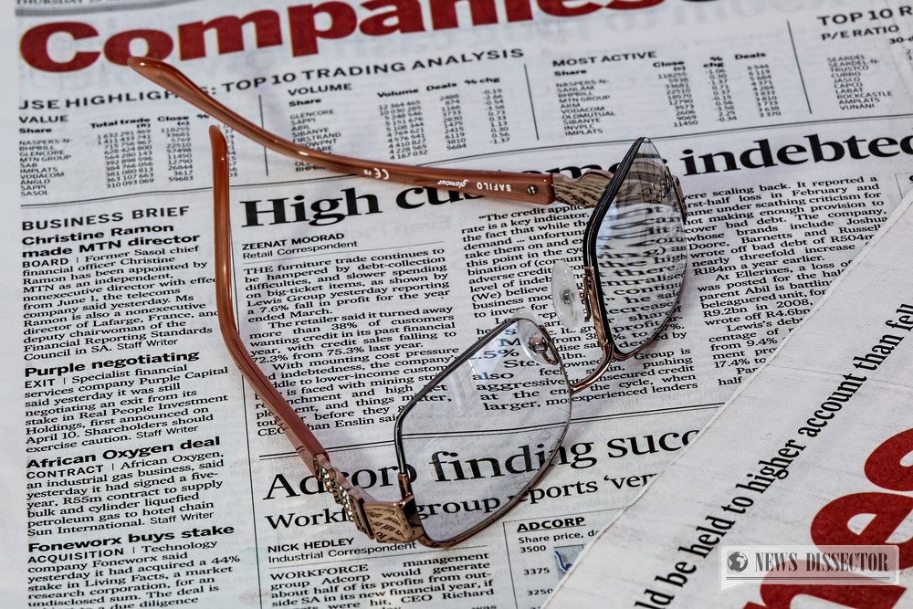 Article with glasses on top